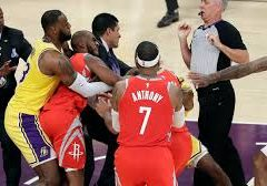 What I saw Lakers v Rockets: Trouble on the horizon in Lakerland??