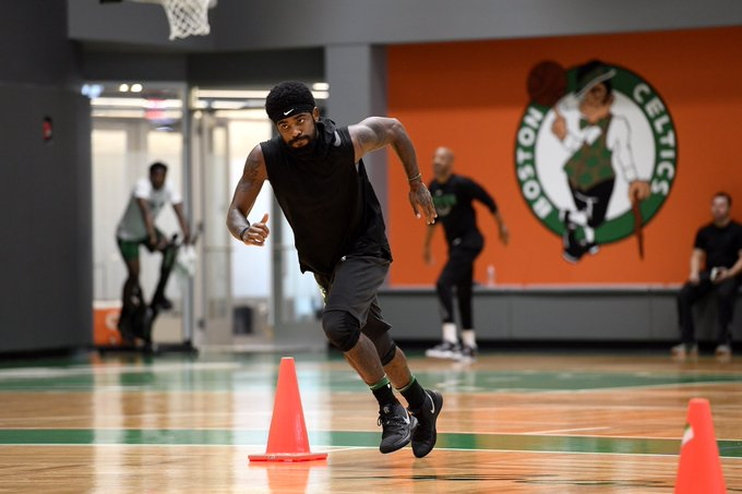 Kyrie Irving wearing the Kyrie 5